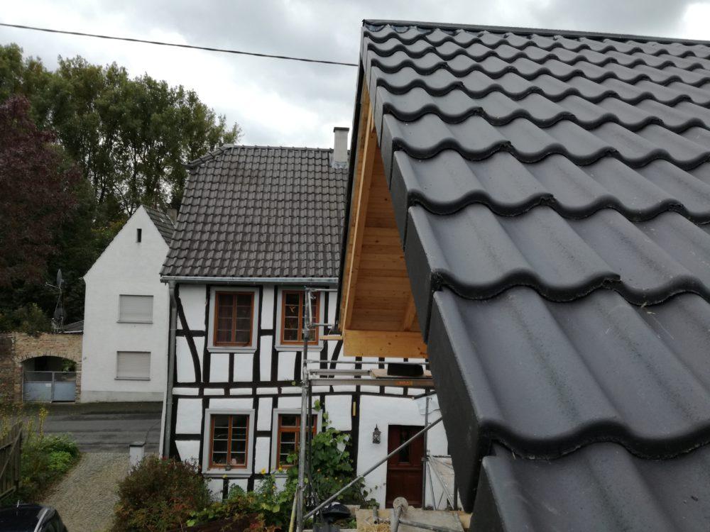 Strohballenanbau - Balkon