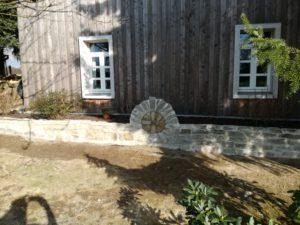 Zeit - Wohnhaussanierung Leichlingen - Westfassade Beetgestaltung